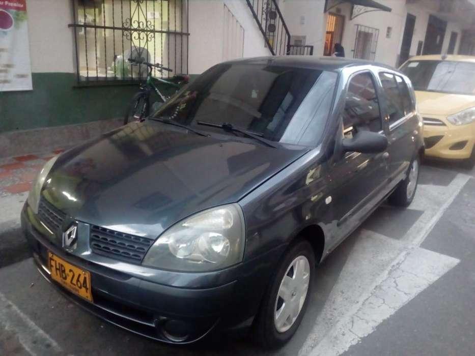 Renault Clio  2009 - 116924 km