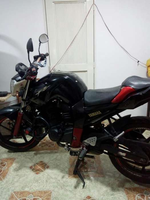 Vendo Moto Fz Modelo 2012 Negociable