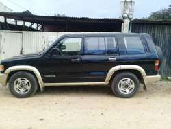 Isuzu Trooper 97