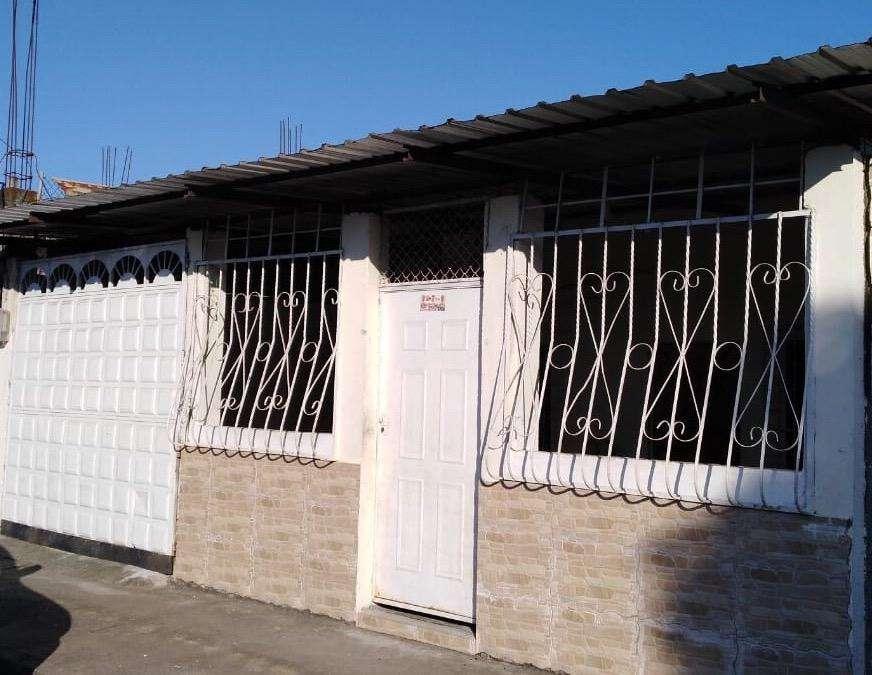 Alquilo Bonita Villa en Esmeraldas