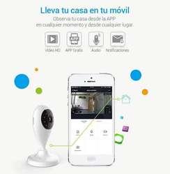 Cámara IP WIFI FULL HD con memoria para grabaciones Tuya Smart
