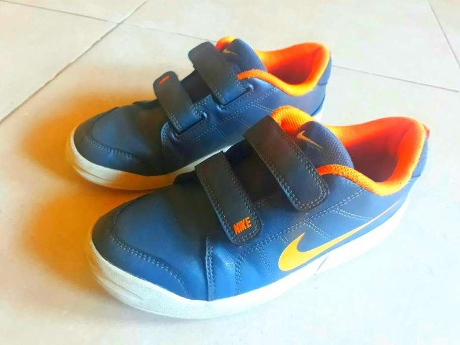 Impecables Zapatillas Nike Cuero