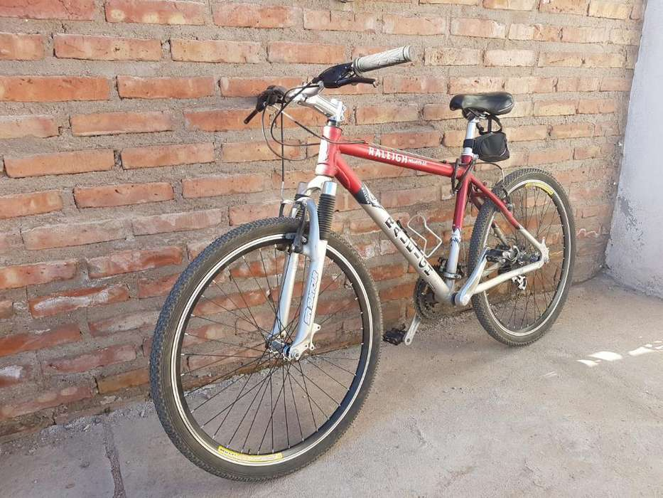 Bicicleta Raleigh Mojave