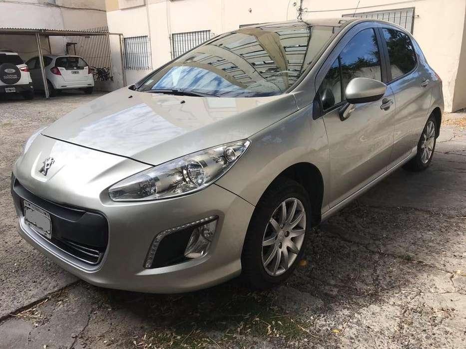 Peugeot 308 2013 - 82500 km