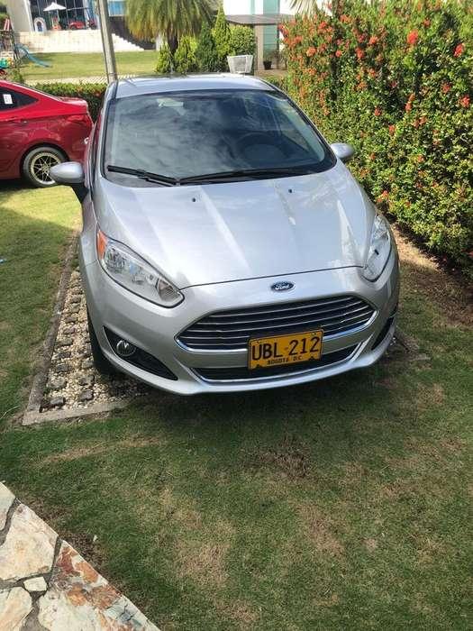 Ford Fiesta  2015 - 44000 km