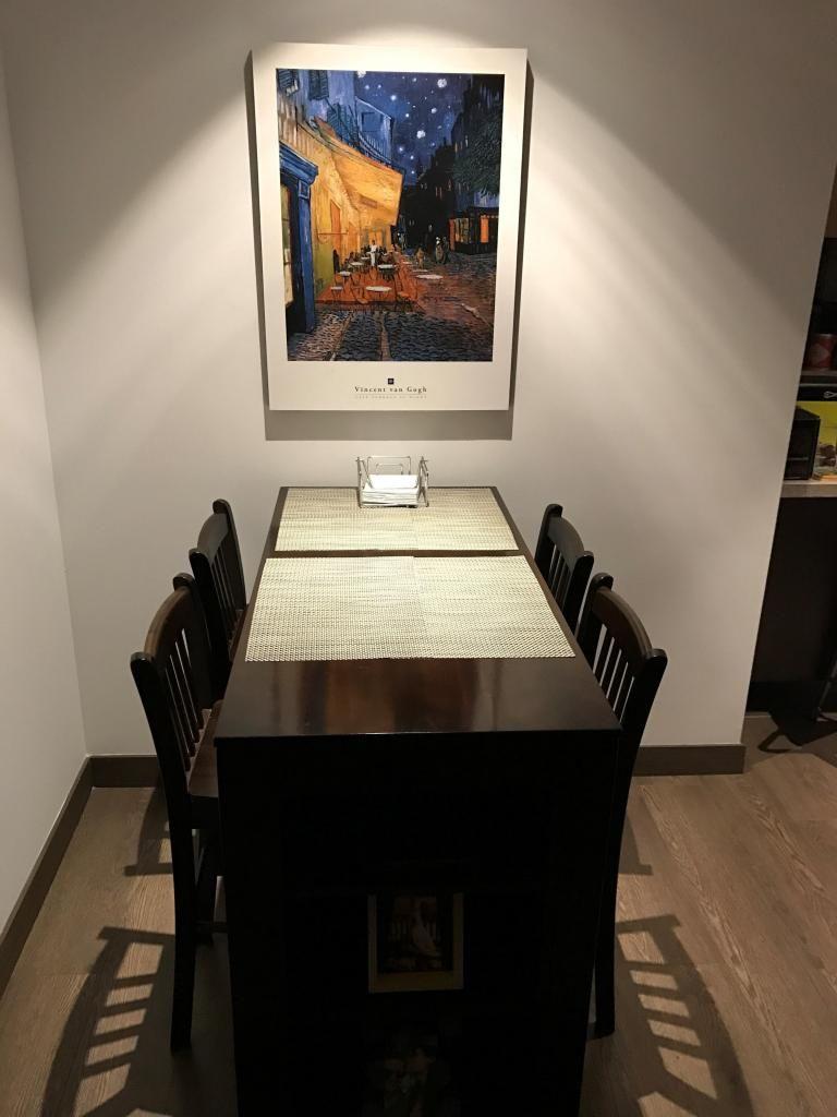 Comedor 4 Puestos ideal para Apartamentos Pequeños. - Bogotá