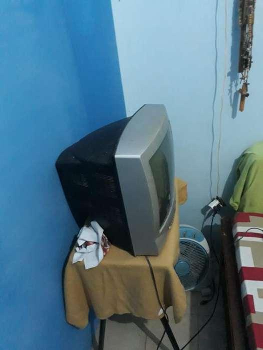 Se Vende Televisor Daewoo