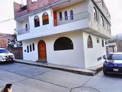 Se venda casa en Huaraz ideal para alojamiento o alquiler de cuartos