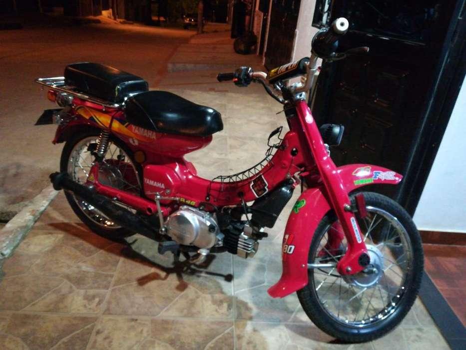 Moto v80 <strong>yamaha</strong>