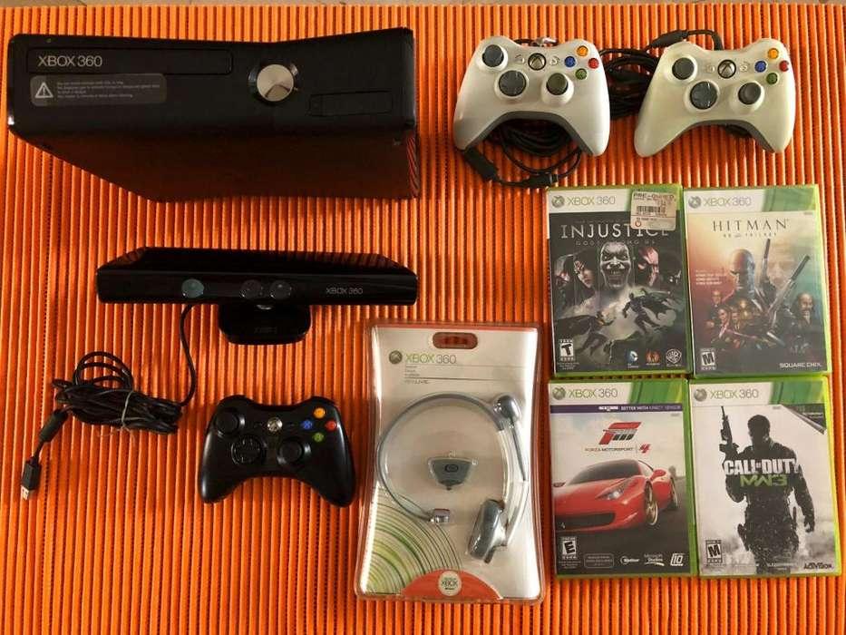Vendo Xbox 360 de lujo gratis 4 juegos y 3 palancas y audifonos