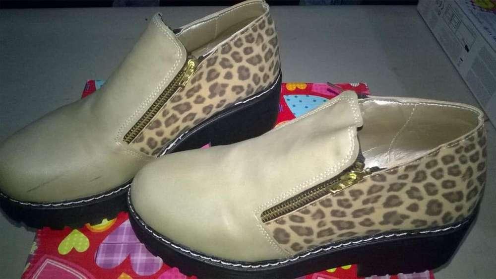 Zapatos nuevos sin uso