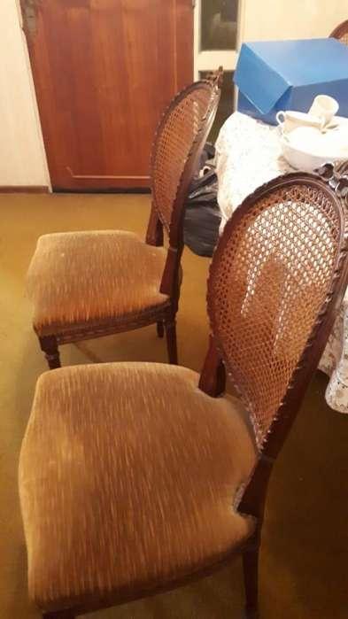 Juego de mesa y <strong>silla</strong>s de comedor de Estilo.