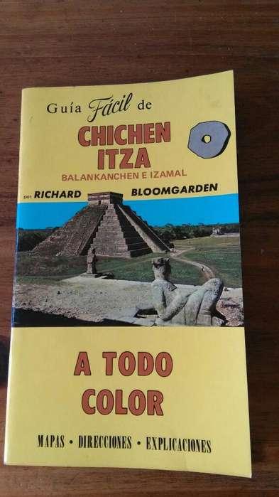 Antigua Guia turistica de Chichen Itza Mayas Mexico