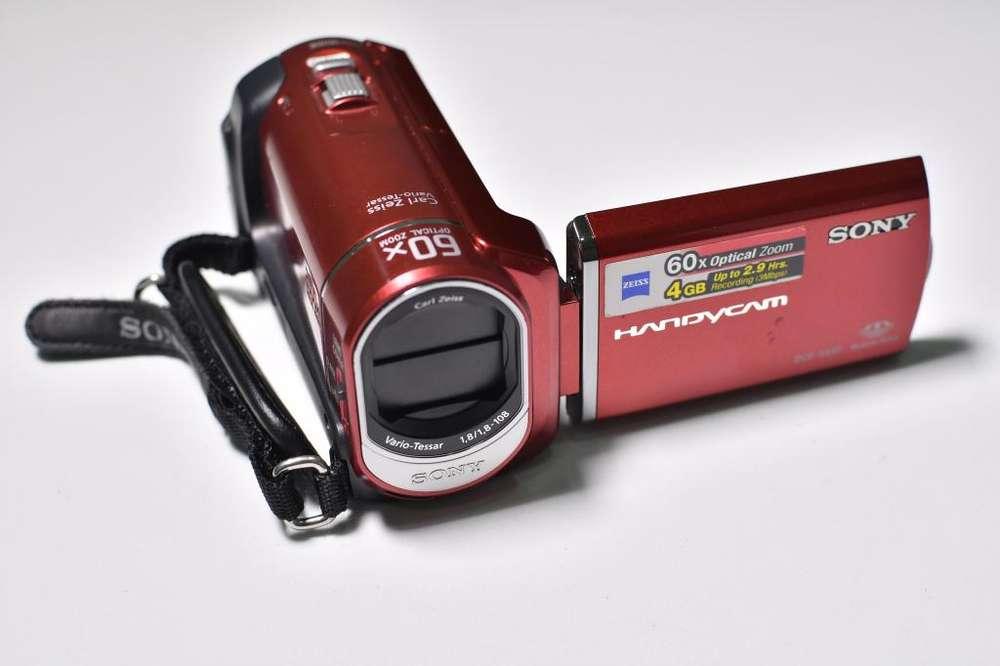 Cámara Sony Handycam / Hd 60x Optical Zoom Usada Excelente Estado