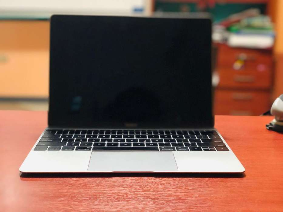 MACBOOK 12 2017