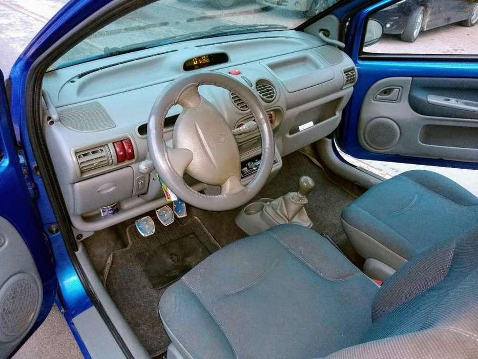 Renault Twingo 2005 - 151000 km