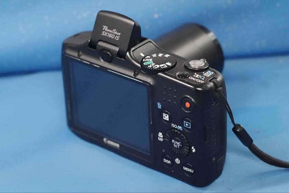 Camara digital CANON SX160 is: 16megas video HD