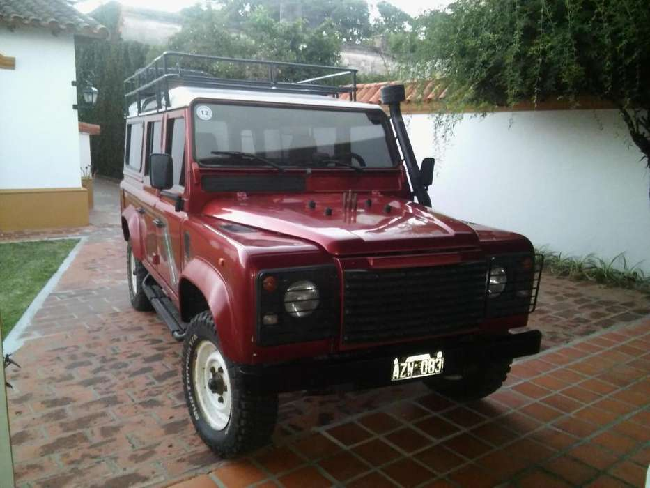 Land <strong>rover</strong> Defender 1996 - 400 km