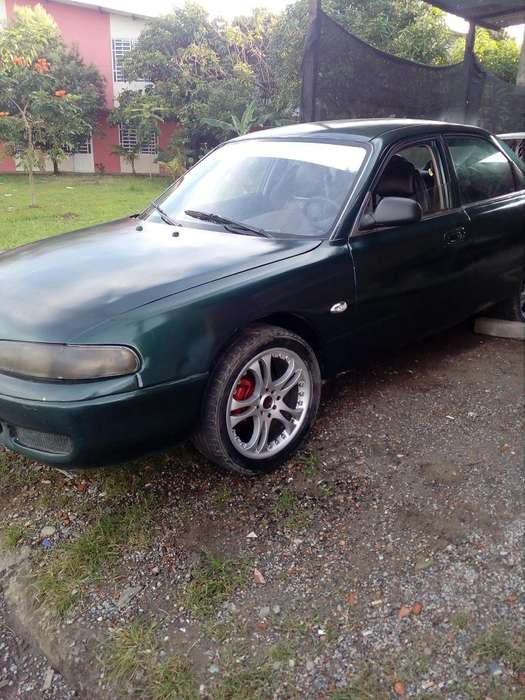 Mazda 626 1995 - 10000 km