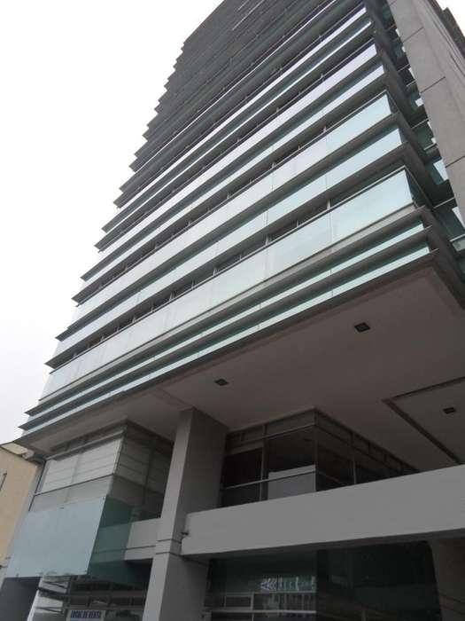 Oficinas En Venta, Centro Norte, Av Orellana