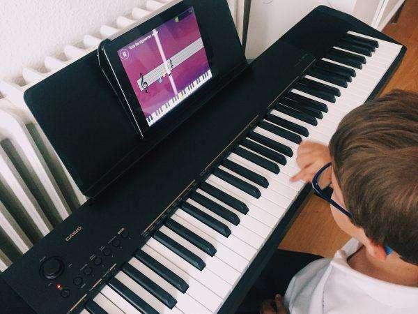 cursos de guitarra y piano para niños 2019