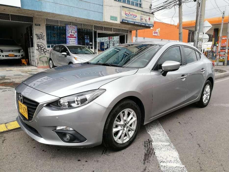 Mazda Mazda 3 2015 - 17800 km