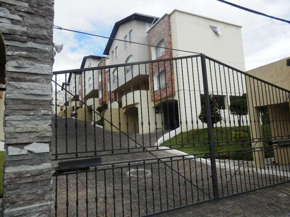 Venta o Arriendo Casa, sector Santa Lucia, Eloy Alfaro 6 de Diciembre