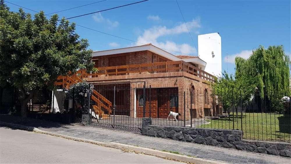 Corrientes 3744 - 24.000 - Casa Alquiler