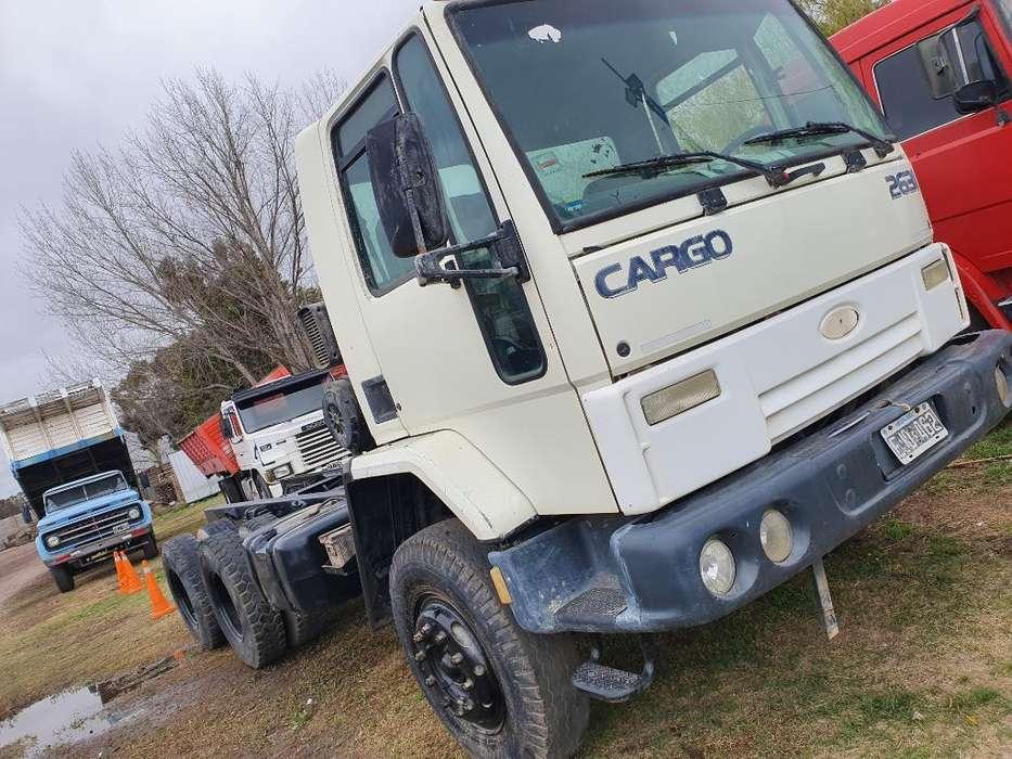 Ford Cargo 2631 2004 6x4