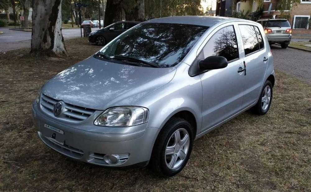 Volkswagen Fox 2006 - 95000 km