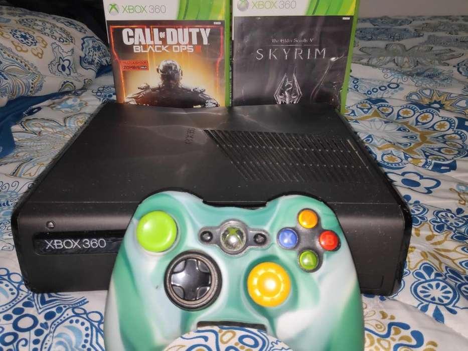 Xbox 360 Slim con Juegos