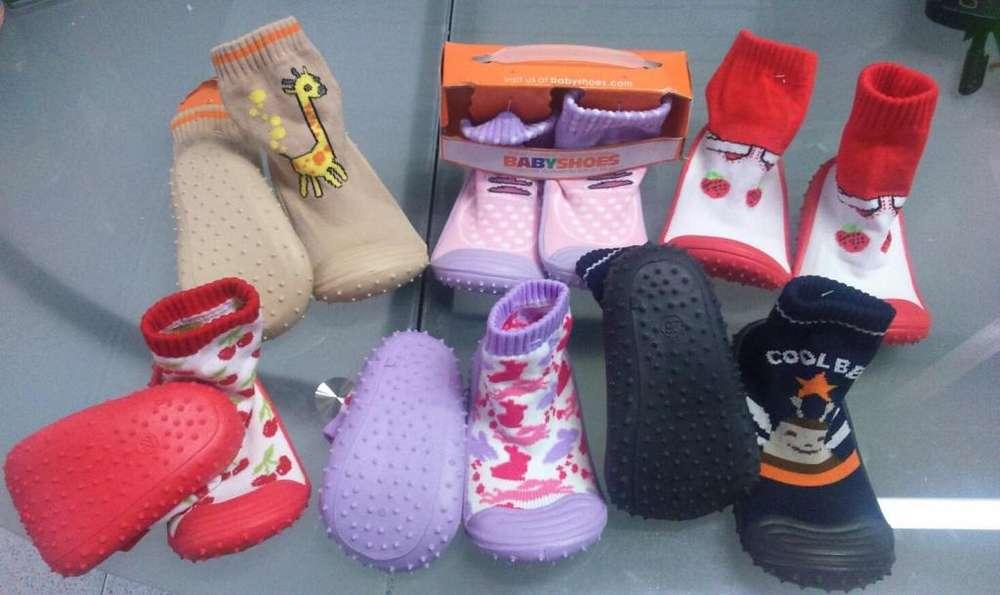 Zapatos tipo Medias Antideslizantes para Bebés