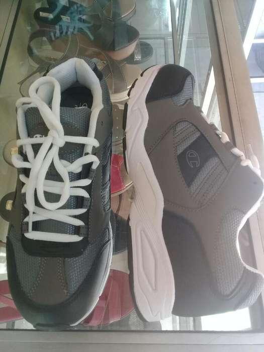 85653db8 Zapatos de ventas: Ropa y Calzado en venta en Ecuador | OLX