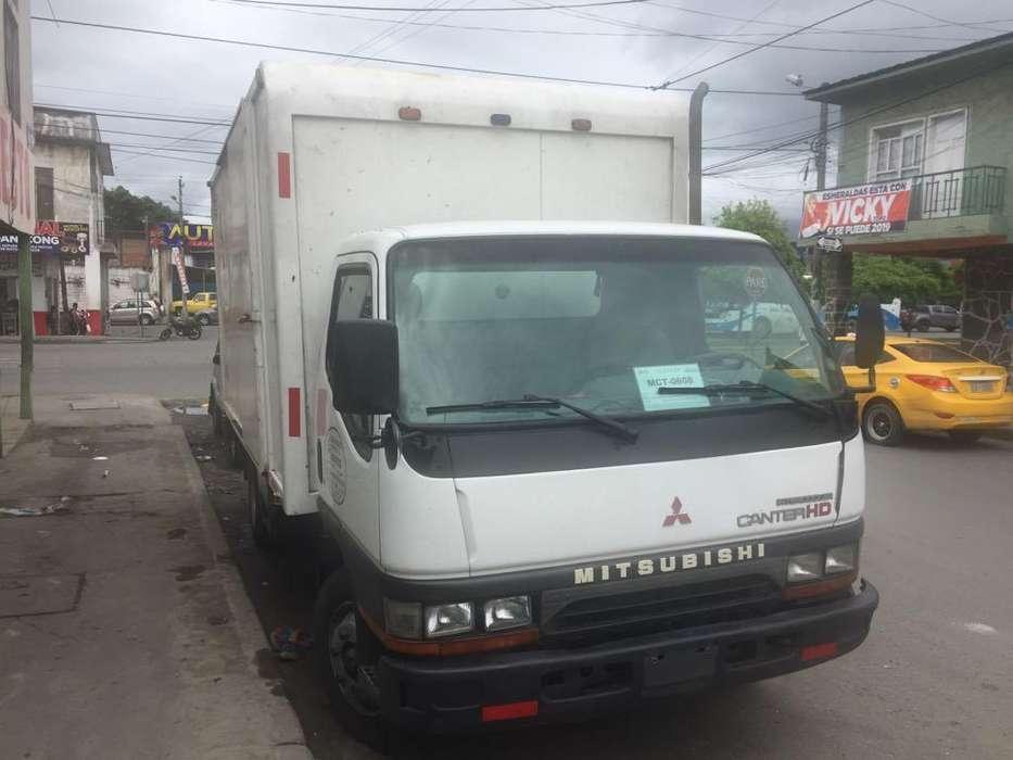 Mitsubishi Canter HD 2001