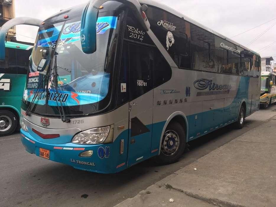 Se Vende Bus Hino Ak con Aire Año 2011