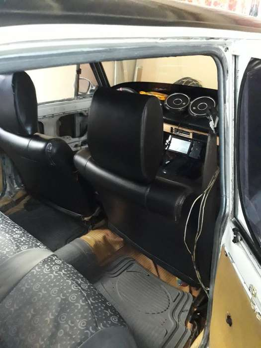 Datsun 1200 1990 - 5669 km