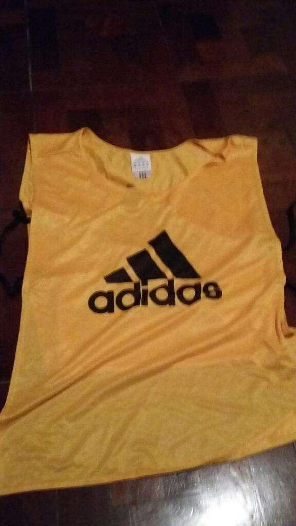 Pechera Adidas Original Amarilla