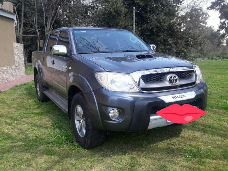 Toyota Hilux 2009 - 206826 km