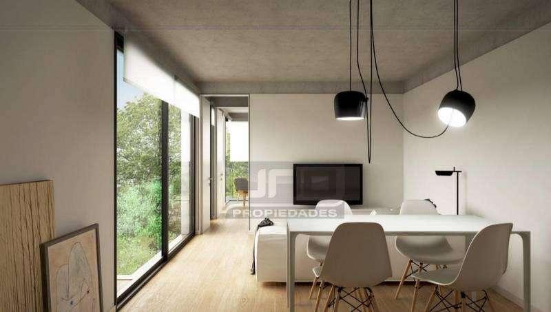 Santiago y Catamarca - Amplio Dpto de 1 Dormitorio Externo. Posibilidad cochera. Vende Uno Propiedades