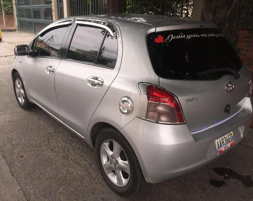 Toyota Yaris 2008 - 155000 km
