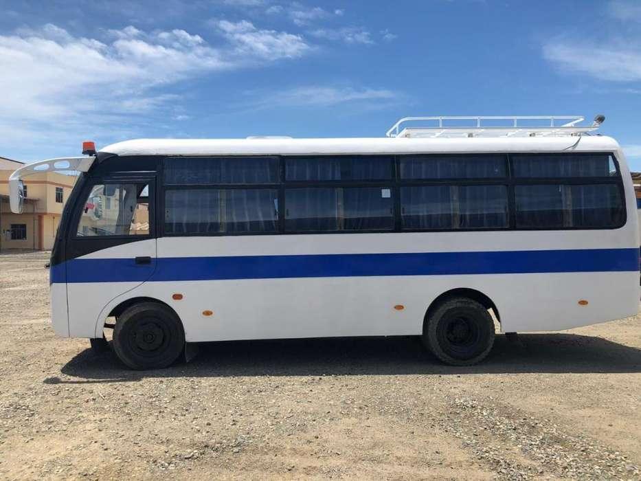 Minibus 28 pasajeros
