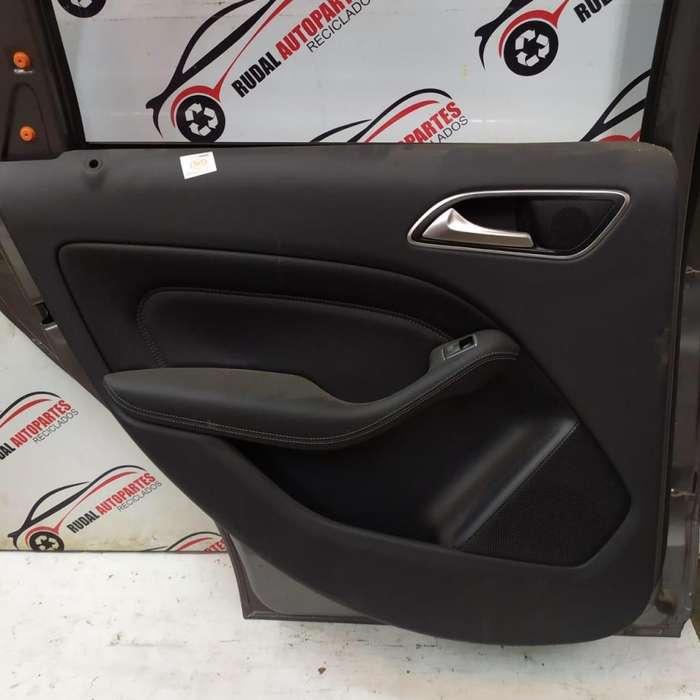 Tapizado Puerta Trasera Izquierda Mercedes B200 3325 Oblea:02961490