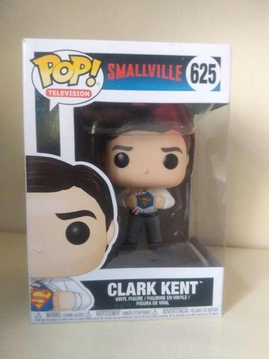 Funko Pop Clark Kent Smallville 625