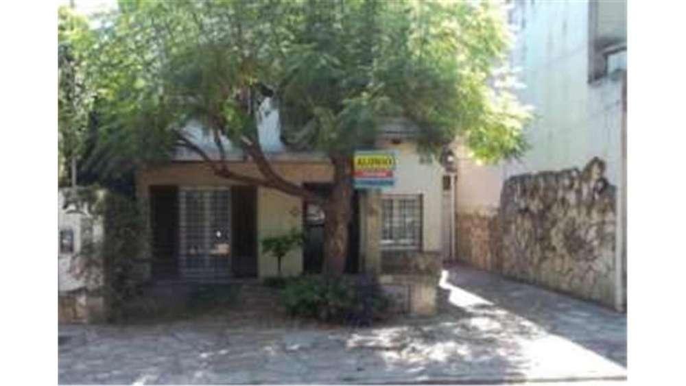 Dr Aleu 3600 - UD 170.000 - Casa en Venta