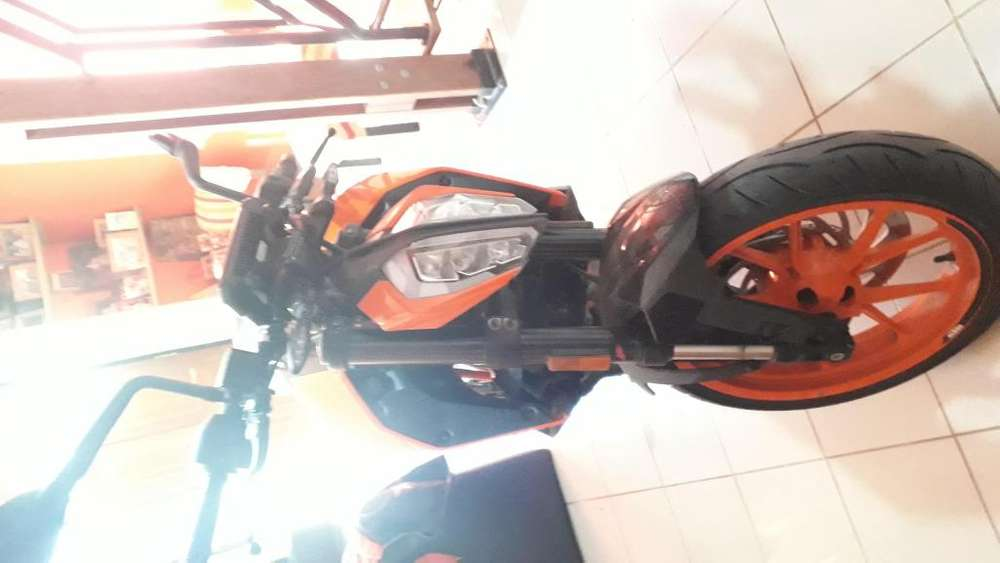 <strong>moto</strong> KTM