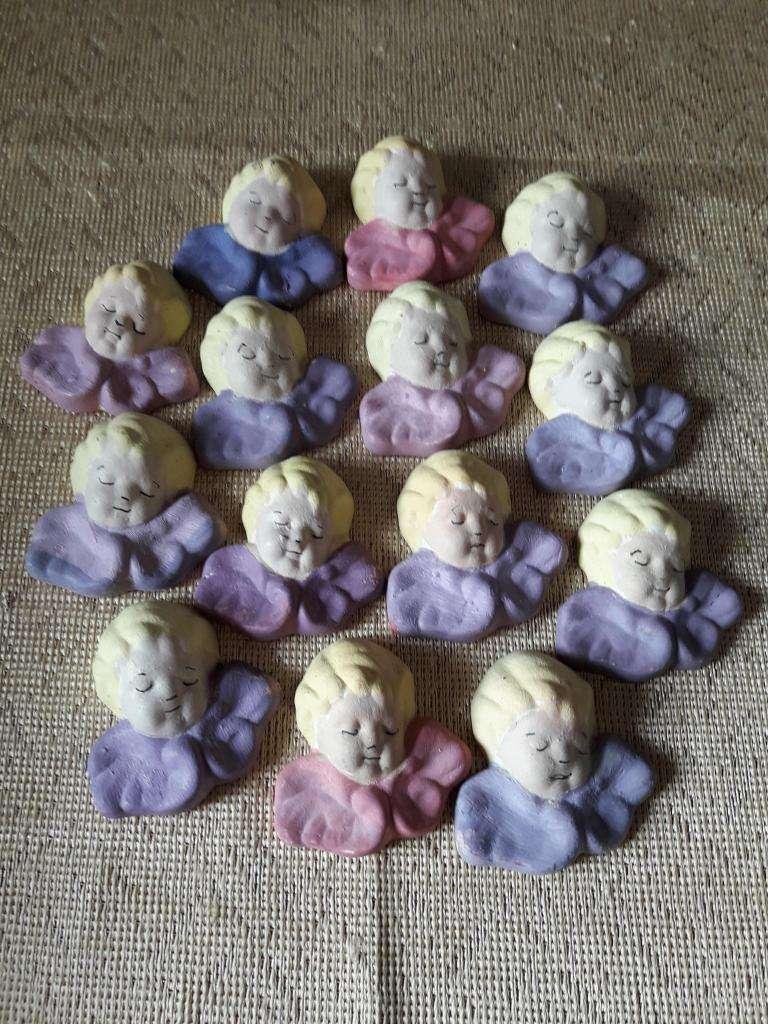 14 souvenir caras de angelitos