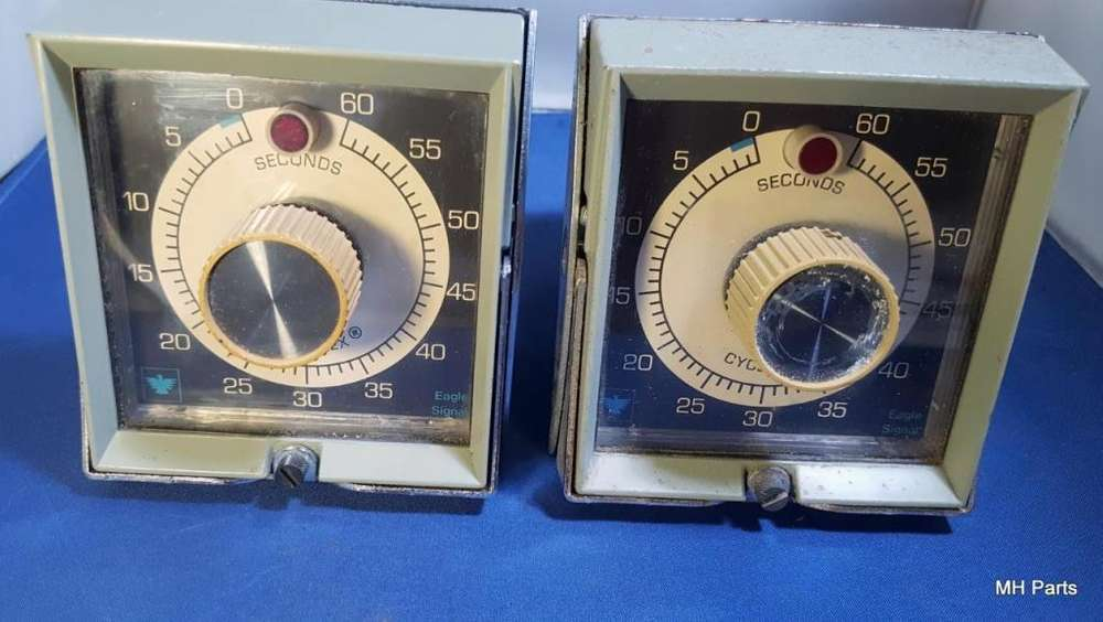 EAGLE SINGNAL CONTROLS TIMER PAT 3054023 NOS