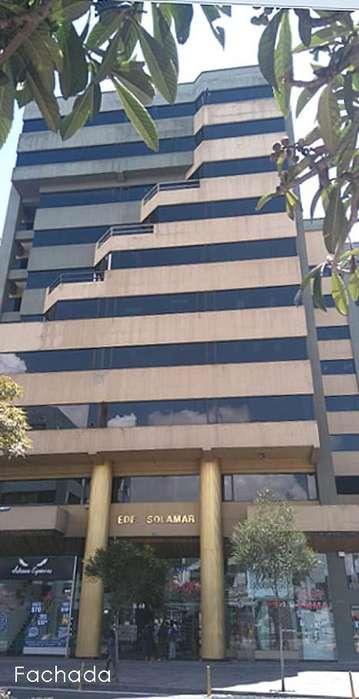 Oficina en renta,Colón y 9 de Octubre, edificio Solamar,zona comercial, 100m2 600usd,2353232