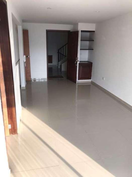 Se arrienda aptoestudio Altos de Riomar - wasi_1184420