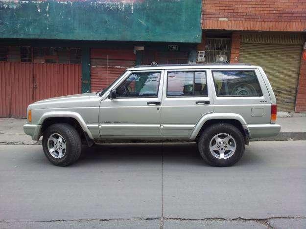 JEEP Cherokee 1999 - 150000 km